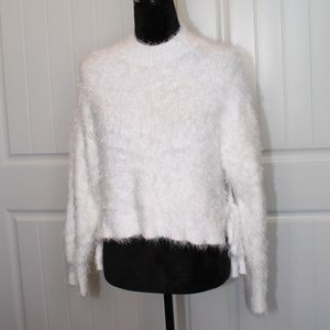 Super Fluffy Soft White Forever 21 Cropped Sweater